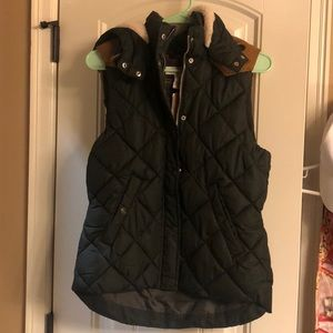 NWT H&M hooded vest